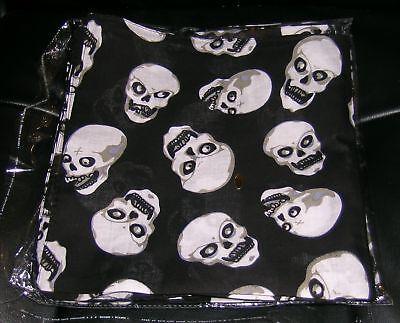 Bandana-21-by-21-Skulls-and-Camo