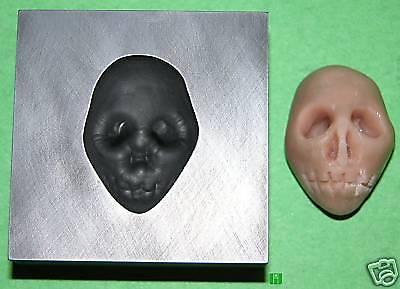 Skull Push Mold 7/8x1-1/4 Graphite Glass Lampwork