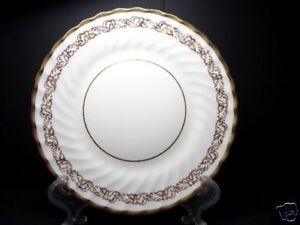 BEAUTIFUL-GOLD-FOLEY-BREAD-PLATE-PATN-FOL29-3146-8