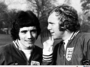 Kevin-Keegan-Bobby-Moore-England-Legends-10x8-Photo