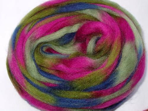 Space wool sliver/roving, IRISH ROSE, felting, dreads, spinning, fiber, 20g