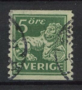 Sweden 1920-6 SG#96A 5ore Green Imperf x P10 Used