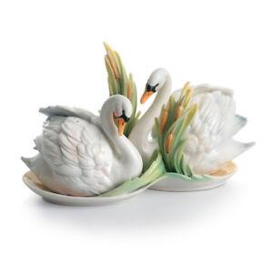 FZ01553 Franz Porcelain Southern Splendor Swan Salt And