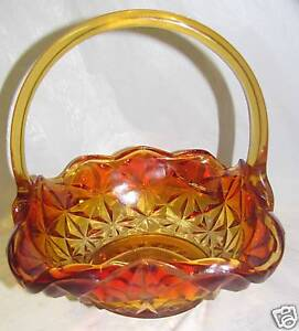 Vintage-Amberina-Tan-2-color-Art-glass-basket-Marked-JD-Jim-Dunlavy-3493C
