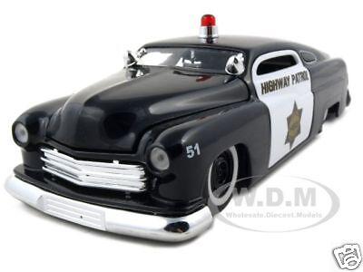 1951 Mercury Police Car 1:24 Diecast Model Car By Jada 92454