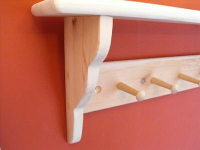 wooden-coat-peg-rack-shaker-style-with-shelf-pine-7-pegs-shaker-pegs-rails