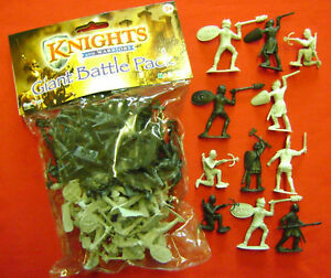 NEW BAG OF 44 TOY MEDIEVAL KNIGHT & WARRIOR FIGURES