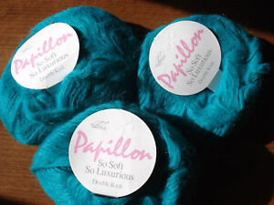 Papillon-soft-fluffy-yarn-by-Hayfield