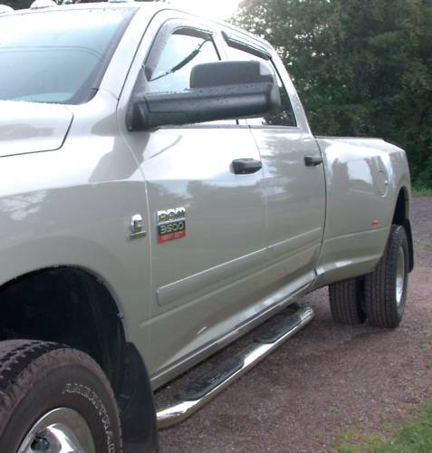 For: RAM 1500 QUAD CAB Painted Body Side Mouldings