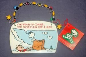 Dept-56-Peanuts-SNOOPY-LINUS-Holiday-Ornament-Plaque