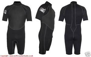 NEW-3-2-mm-SIZE-MEDIUM-SMALL-Shorty-summer-wetsuit-Strong-flatlock-seems