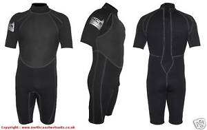 NEW-3-2-mm-SIZE-MEDIUM-SMALL-Shorty-summer-wetsuit-Strong-flatlock-seems