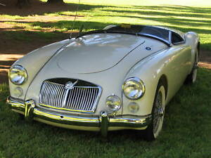 MGA-COMPETITION-RACING-WINDSCREEN-CALIFORNIA-STYLE