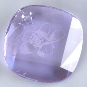 SWAROVSKI-Crystal-Violet-371-25mm-Etched-Flower