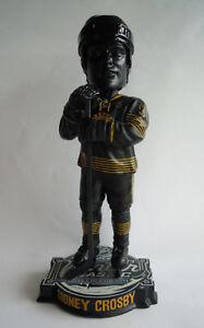 SIDNEY-CROSBY-2011-Penguins-Winter-Classic-Bobble-Head-Bobblehead-Bobber