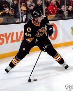 David-Krejci-Bruins-8x10-Color-Photo