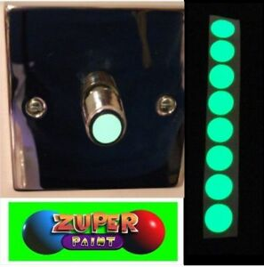Glow-in-the-dark-Vinyl-light-switch-round-stickers-x-10