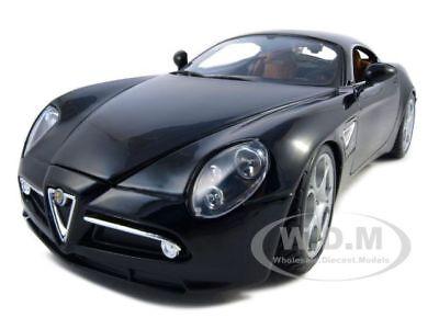 Alfa Romeo 8c Competizione Black 1:18 Diecast Model Car By Bburago 12077