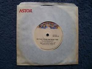 RECORD-45-RPM-DO-THAT-TO-ME-THE-CAPTAIN-TENNILLE