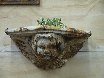 Engel Putte, Blumentopf, Wandhänger,  Gusseisen, Konsole, Amphore