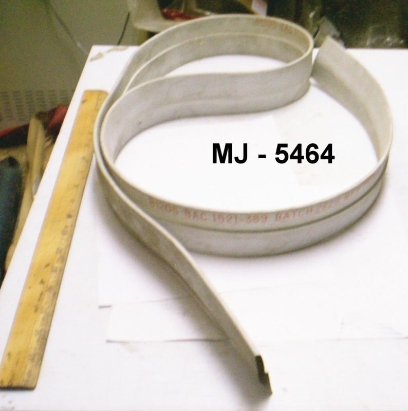 The Boeing Company - Special Shaped Rubber Seal - P/N: BAC 1521-389 (NOS)