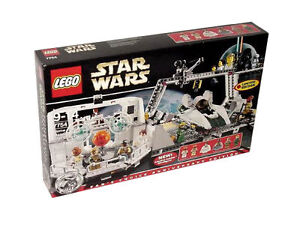 LEGO-Star-Wars-Exclusive-Limited-Edition-7754