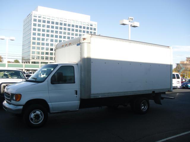 2000 ford e350 super duty cutaway autos post. Black Bedroom Furniture Sets. Home Design Ideas