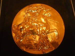 2-Very-Rare-Gold-Coins-Medals-Signed-by-Salvador-Dali