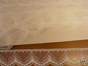 Flat Lace White - 20 metres (251)