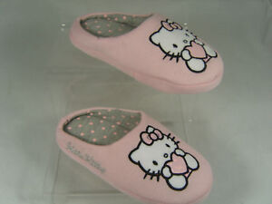 HELLO-KITTY-GIRLS-SLIPPERS-GERI-PINK
