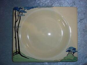 Clarice-Cliff-Bizarre-Blue-Firs-Pattern-Biarritz-Plate