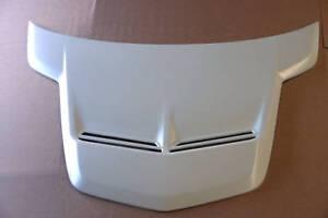 New Walkinshaw Bonnet Scoop For All Holden VE Calais/Beliner Series 1 & 2