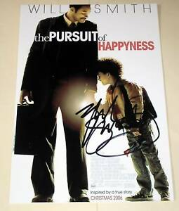 PURSUIT-OF-HAPPYNESS-PP-SIGNED-12-034-X8-034-POSTER-WILL-SMITH