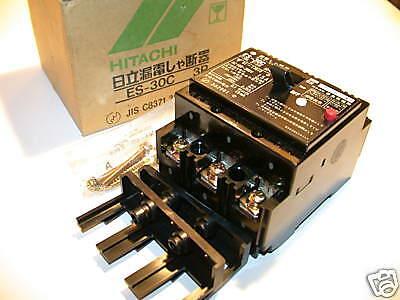 4 Hitachi 15a 100-200v 3p Circuit Breakers Es-30c
