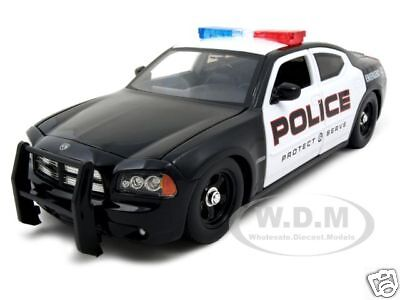 2006 Dodge Charger R/t Police 1:24 W/stock Rims Diecast Model Car By Jada 91984