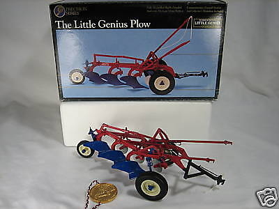 International Precision Little Genius 3B Ertl Toy Plow