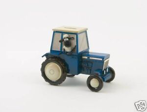Shaun-the-Sheep-Tractor-Money-Bank-NEW-11665