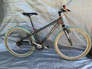 Rocky Mountain Bike/bicycle Flow? Great Condition!