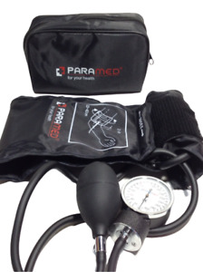 Paramed Professional Aneroid Sphygmomanometer With Carrying Case - Black