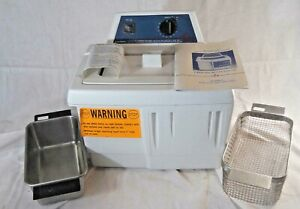 Mint Branson 2210r- Mth Ultrasonic Cleaner With Heat, Basket And Cover