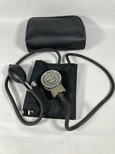 Marshall Medical Aneroid Sphygmomanometer Cuff Blood Pressure Monitor Vintage