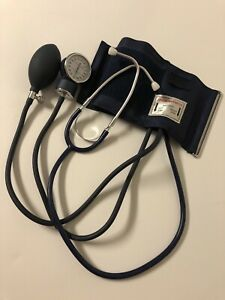 Walgreens Sphygmomanometer And Dual Head Stethoscope Manual Blood Pressure Kit.