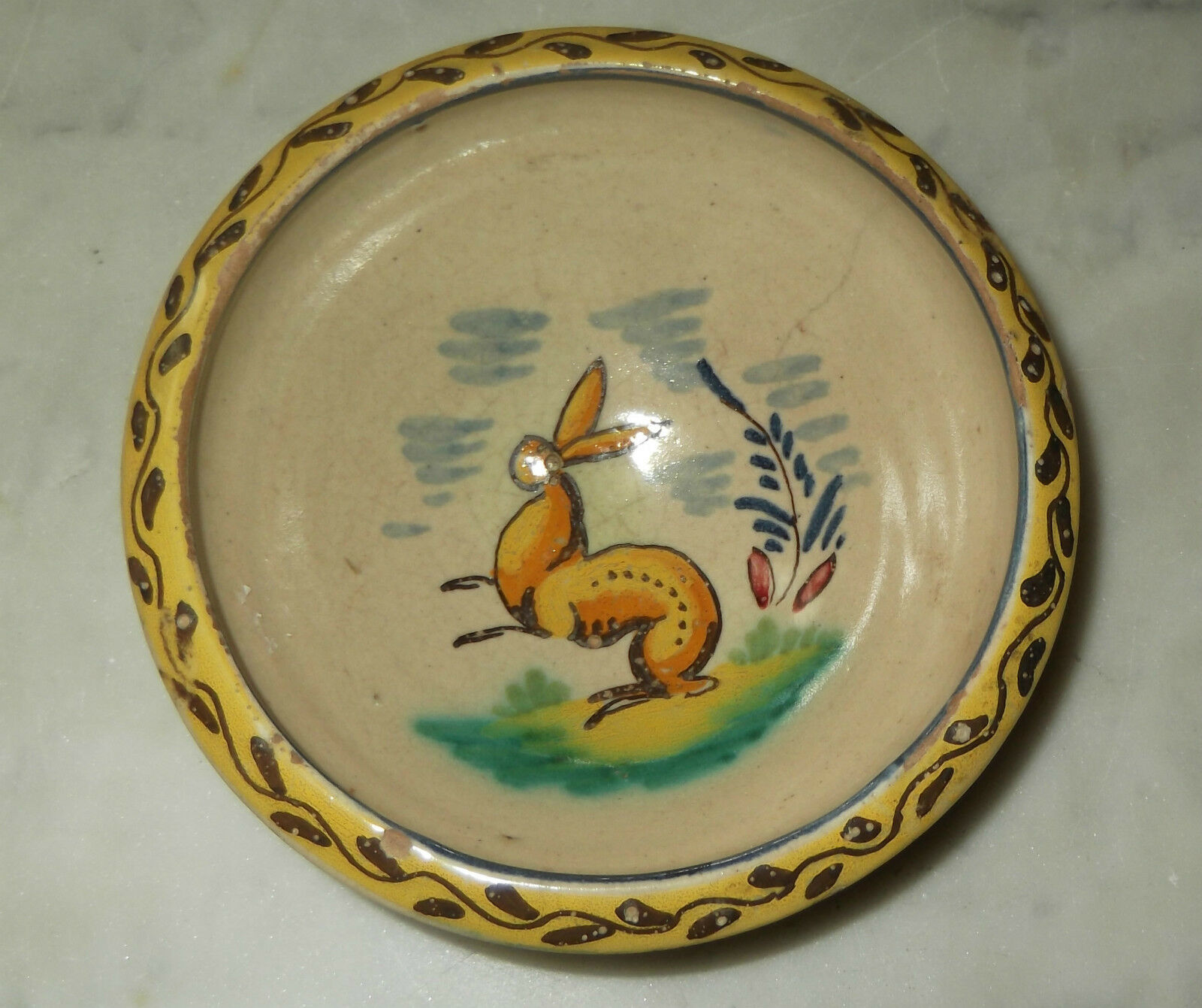 Antique spanish majolica or faience bowl with rabbit for Decoration faience