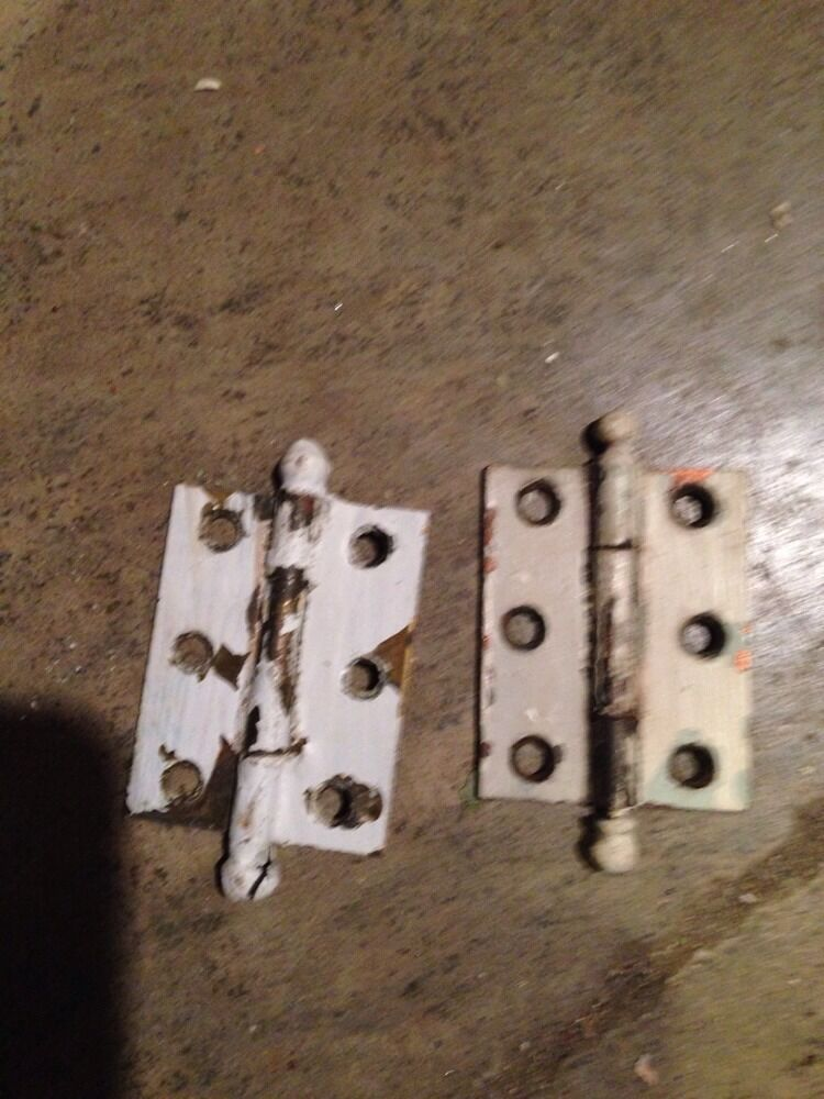 """D 41 One Pair Matching Hinges 2.25"""" X 1 And Three-Quarter Inch"""