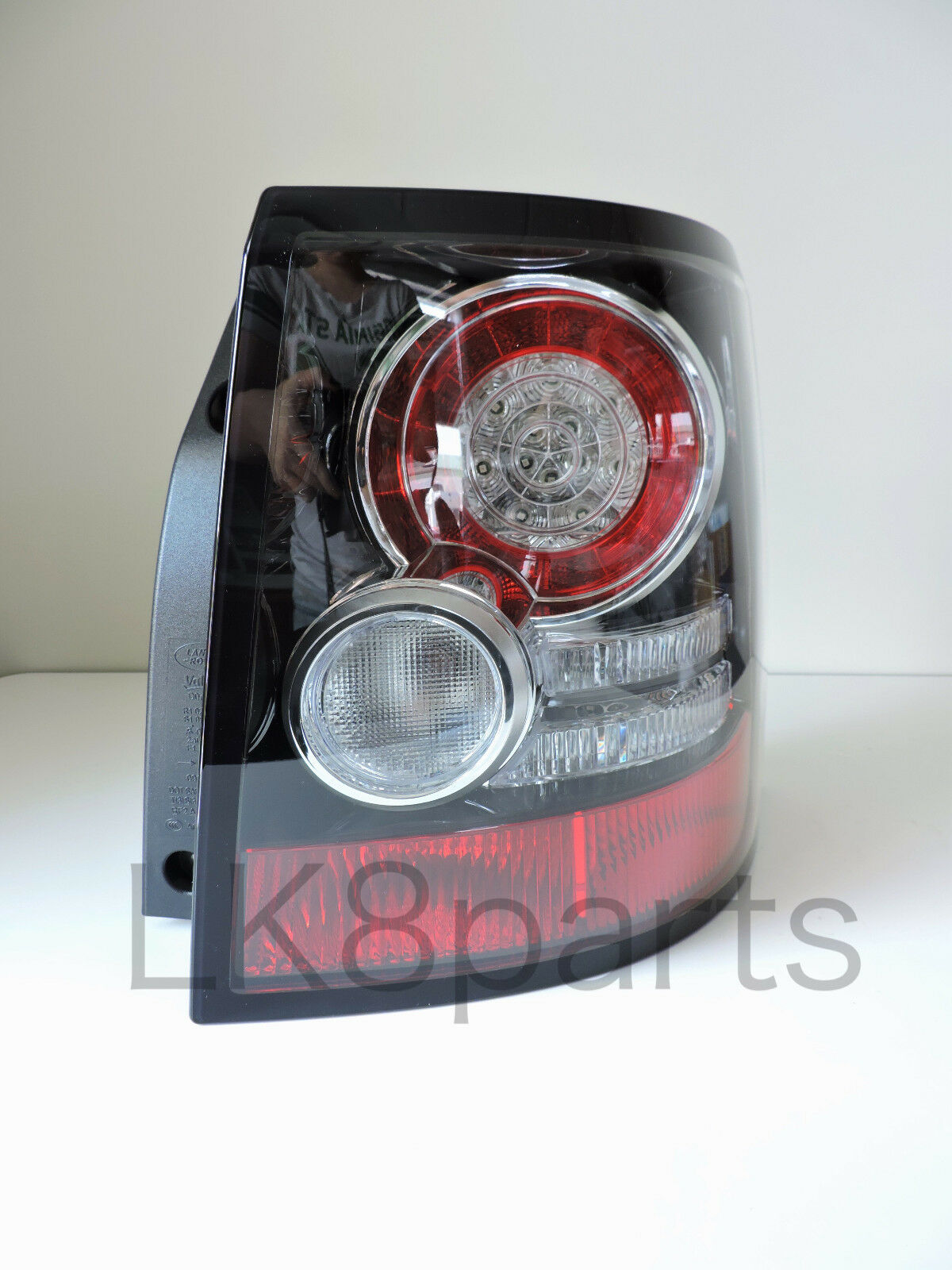 Land Rover Range Sport 10 13 Tail Lamp Rear Light Right Rh Lr043995 Discovery 2 Diagram 1 Of 4only Available