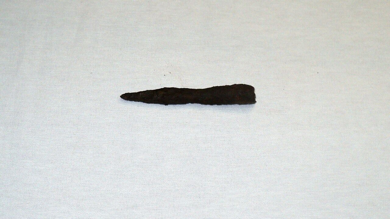 """ANTIQUE LATE ROMAN/EARLY BYZANTINE IRON SPEAR POINT 113 mm (4.4"""") 1st-4th C. A.D"""
