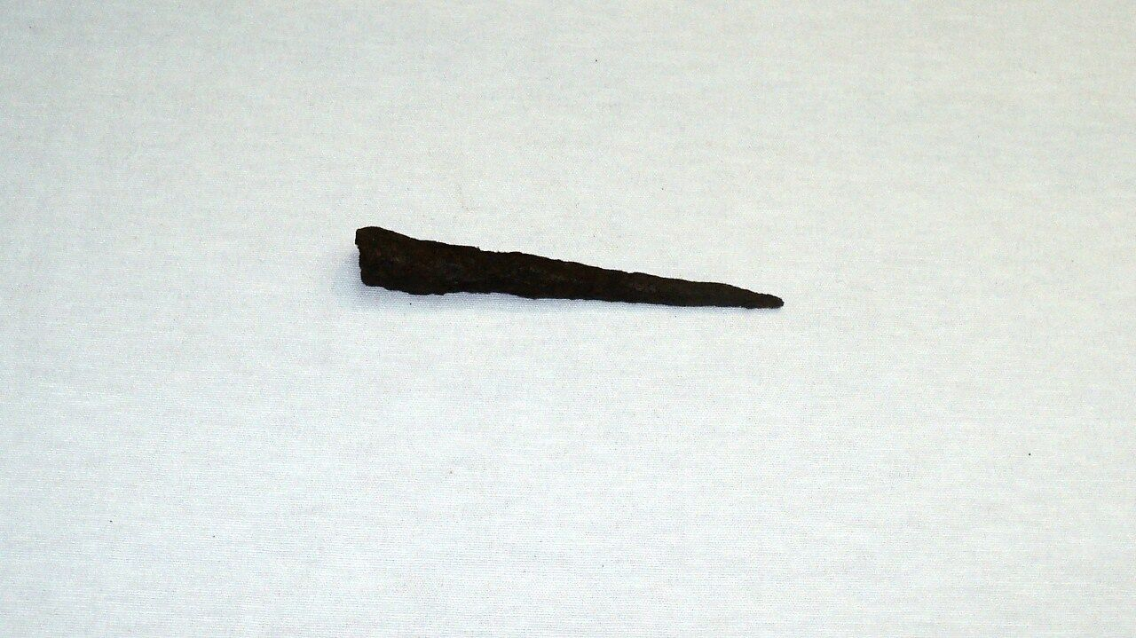 """ANTIQUE LATE ROMAN/EARLY BYZANTINE IRON SPEAR POINT 140 mm (5.5"""") 1st-4th C. A.D"""