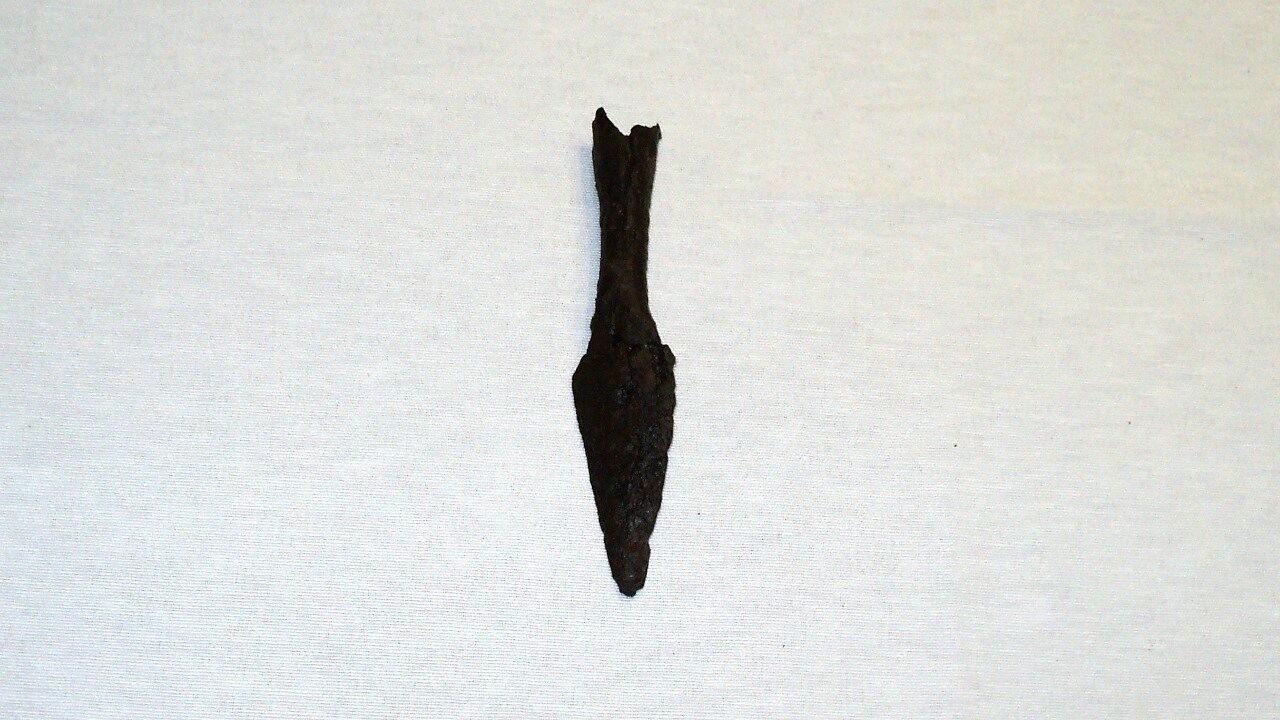 "ANTIQUE LATE ROMAN/EARLY BYZANTINE IRON SPEAR POINT 140 mm (5.5"") 1st-4th C. A.D"