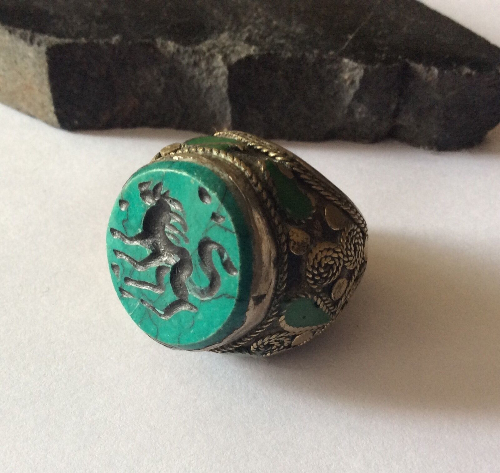 Men's Engraved Stone Ring Malachite Islamic Afghan Persian Animal Intaglio 9.5