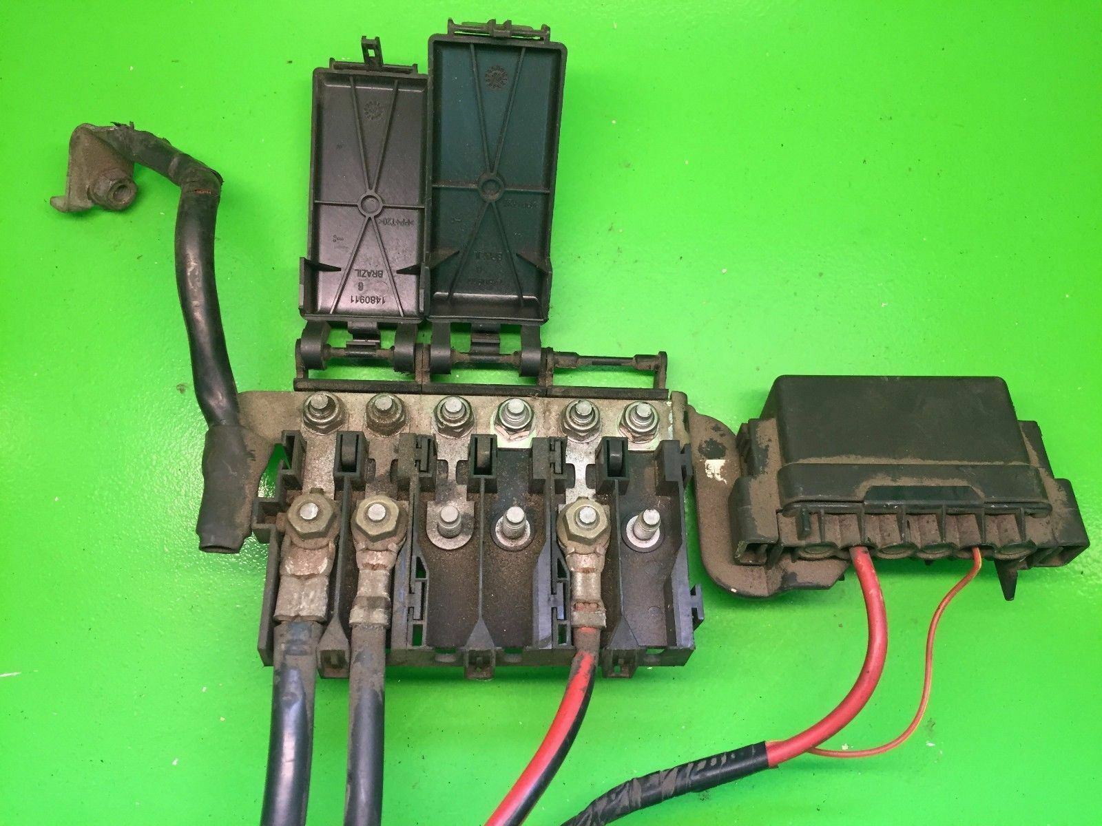 Seat Ibiza 14 Fuse Box Battery Terminal 5z0937548c 2700 Location 1 Of 1only Available